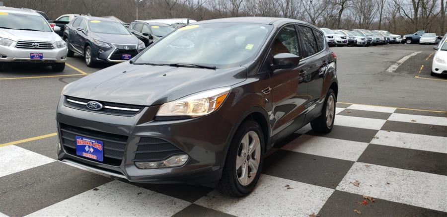 2015 Ford Escape FWD 4dr SE, available for sale in Waterbury, Connecticut | National Auto Brokers, Inc.. Waterbury, Connecticut