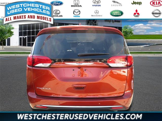 2018 Chrysler Pacifica Touring L Plus, available for sale in White Plains, New York | Westchester Used Vehicles. White Plains, New York