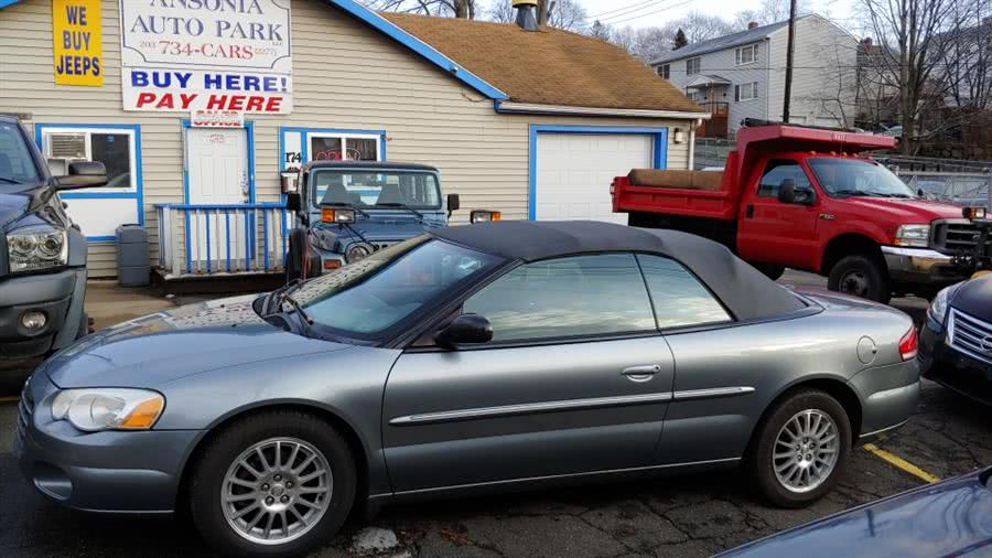 Used 2006 Chrysler Sebring Conv in Ansonia, Connecticut