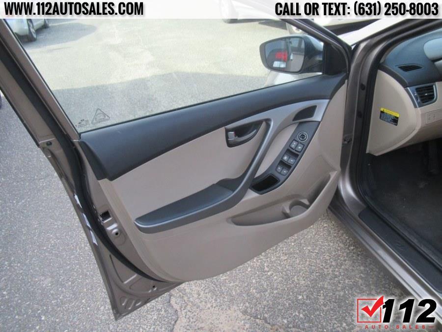 Used Hyundai Elantra 4dr Sdn Auto SE (Alabama Plant) 2016   112 Auto Sales. Patchogue, New York