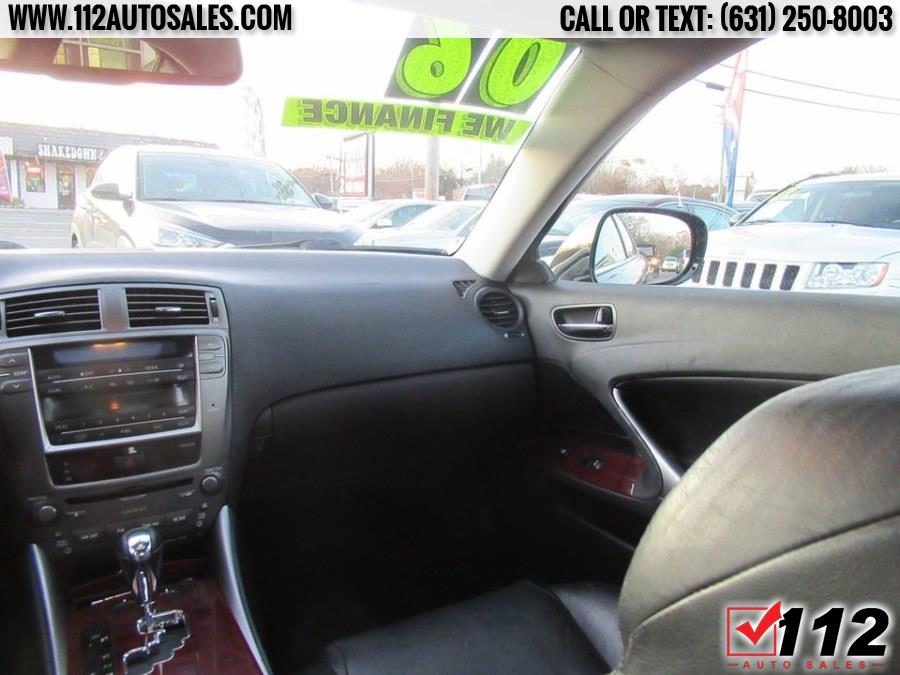 Used Lexus IS 250 4dr Sport Sdn AWD Auto 2006 | 112 Auto Sales. Patchogue, New York
