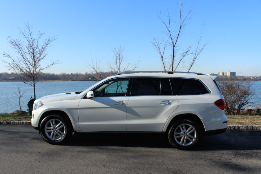 2015 Mercedes-Benz GL-Class 4MATIC 4dr GL 450, available for sale in Great Neck, NY