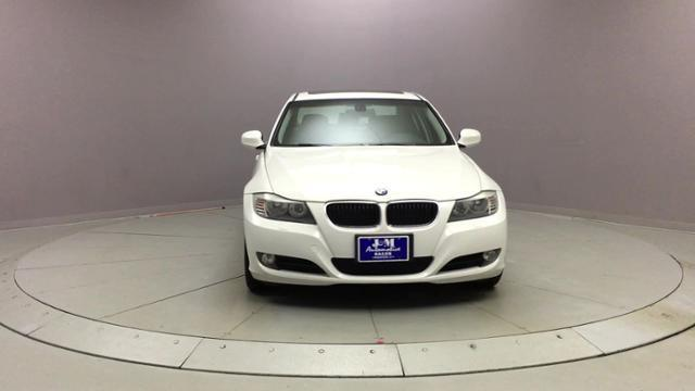 2011 BMW 3 Series 4dr Sdn 328i xDrive AWD SULEV, available for sale in Naugatuck, Connecticut | J&M Automotive Sls&Svc LLC. Naugatuck, Connecticut