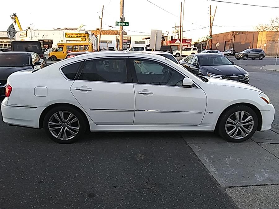 Used Infiniti M35 4dr Sdn RWD 2010 | 5 Towns Drive. Inwood, New York