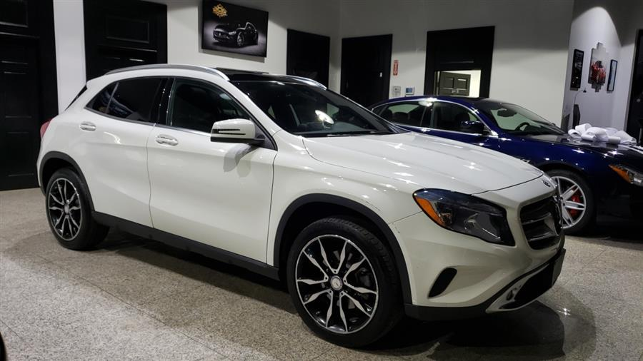 2017 Mercedes-Benz GLA GLA 250 4MATIC SUV, available for sale in Woodbury, New York | Dream Car Gallery. Woodbury, New York