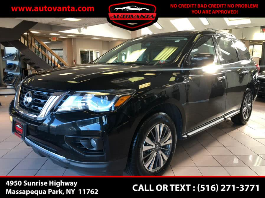 Used 2018 Nissan Pathfinder in Massapequa Park, New York | Autovanta. Massapequa Park, New York