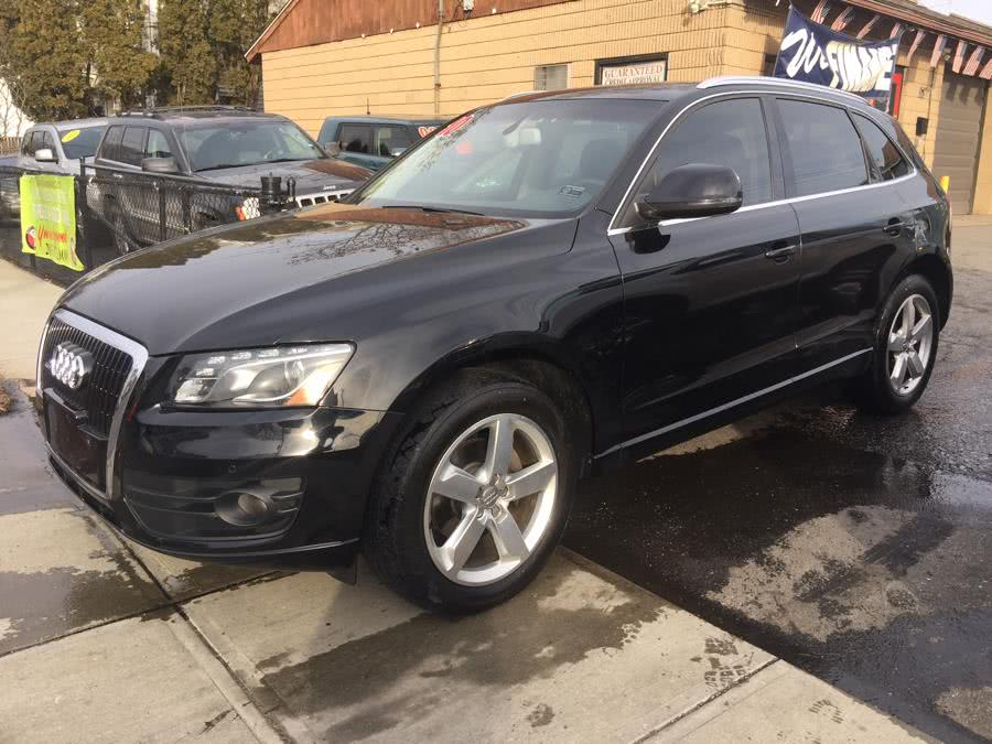 Used 2010 Audi Q5 in Stratford, Connecticut | Mike's Motors LLC. Stratford, Connecticut