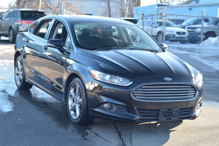 Used Ford Fusion 4dr Sdn SE FWD 2014 | New Beginning Auto Service Inc . Ashland , Massachusetts