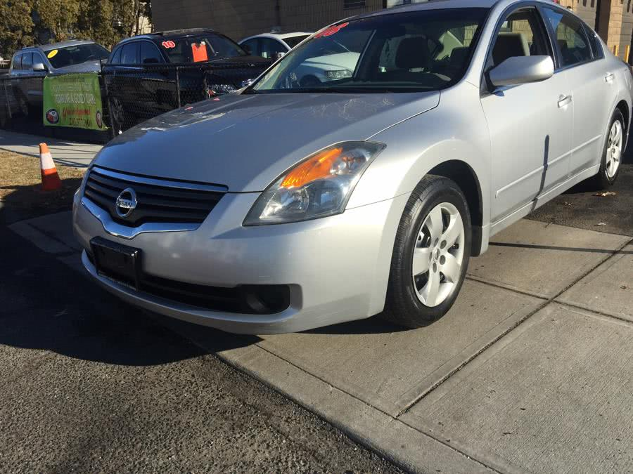 Used Nissan Altima 4dr Sdn I4 CVT 2.5 S 2008 | Mike's Motors LLC. Stratford, Connecticut