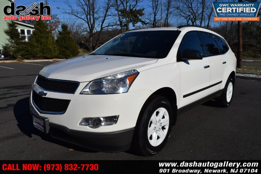 Used Chevrolet Traverse FWD 4dr LS 2012 | Dash Auto Gallery Inc.. Newark, New Jersey