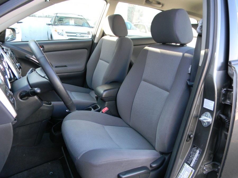 2005 Toyota Matrix 5dr Wgn XR Auto, available for sale in Paterson, New Jersey | DZ Automall. Paterson, New Jersey
