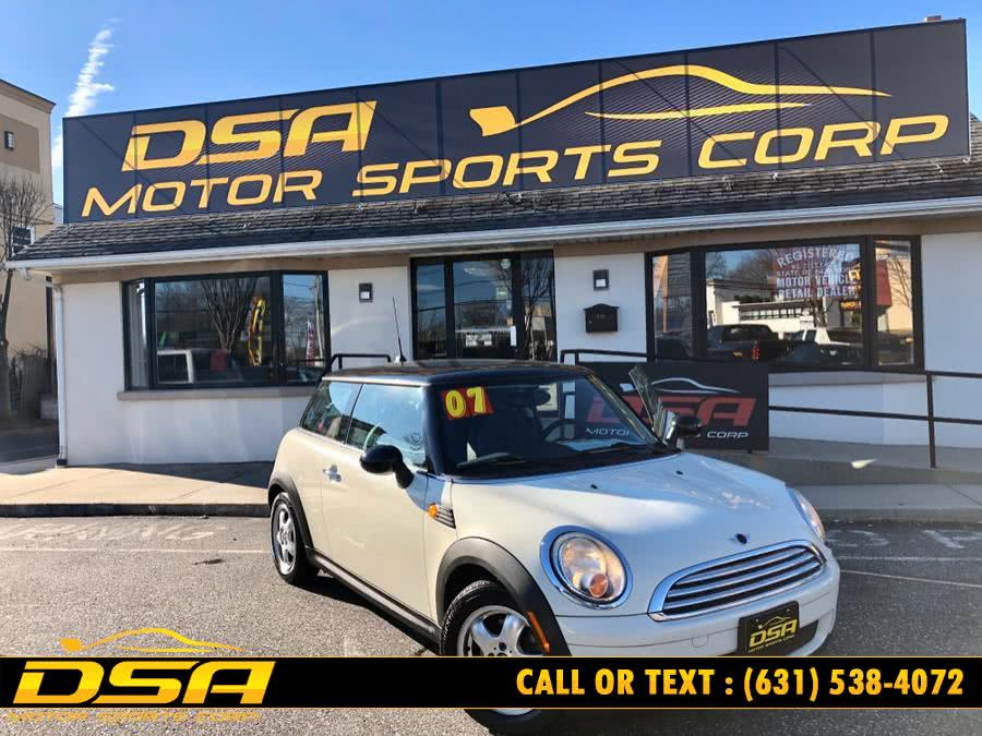 Used 2007 MINI Cooper Hardtop in Commack, New York | DSA Motor Sports Corp. Commack, New York