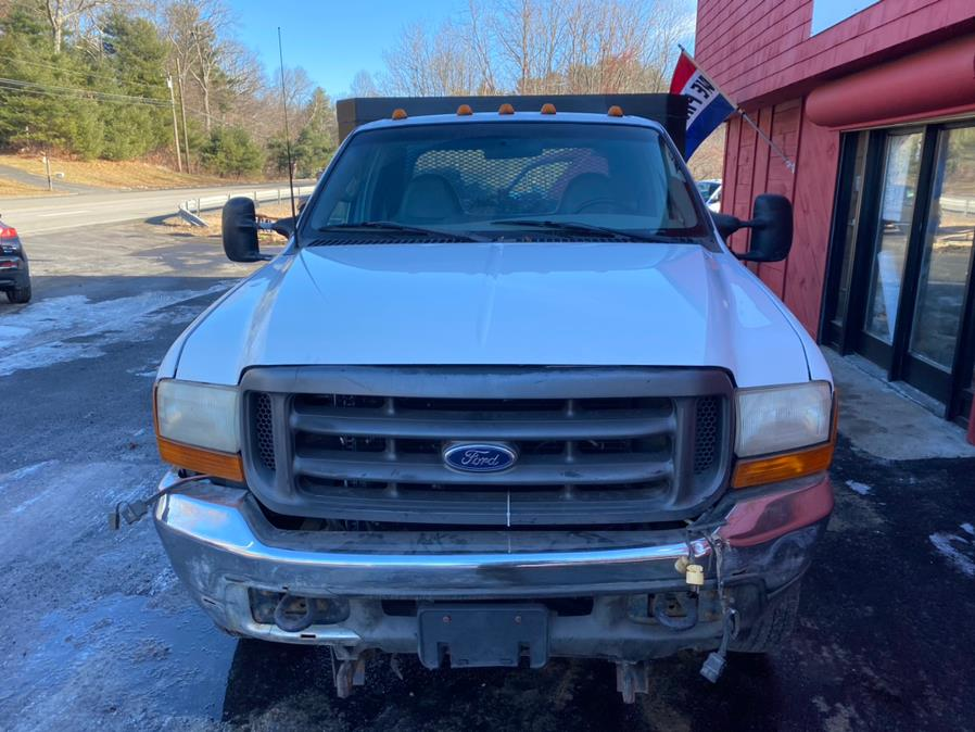 2000 Ford Super Duty F-550 Reg Cab 141