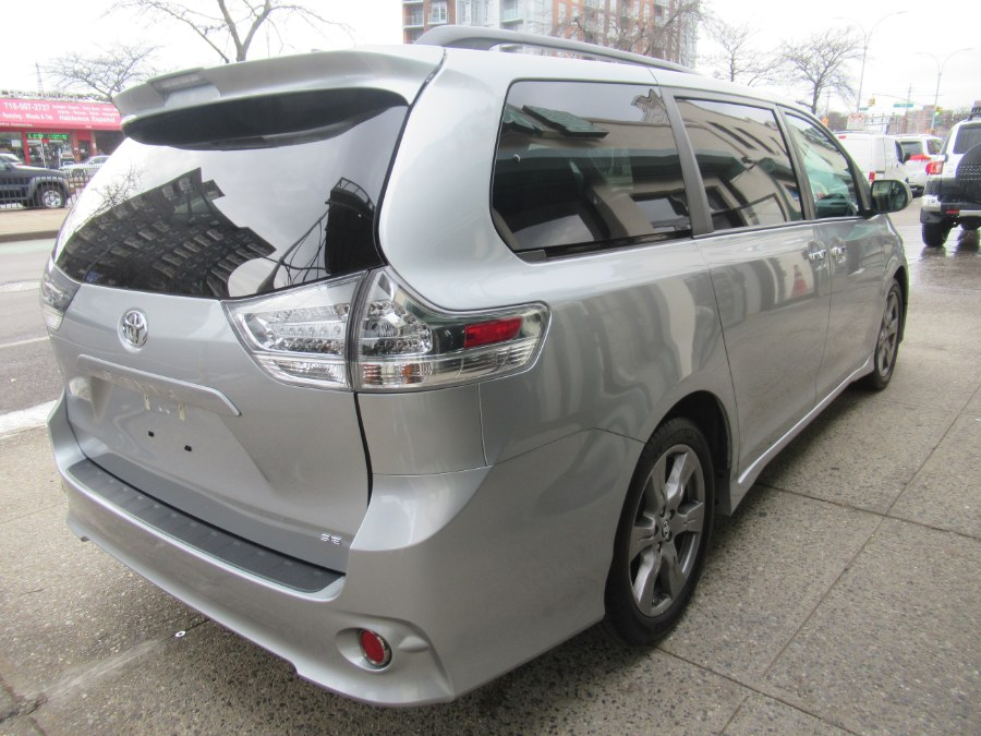 2019 Toyota Sienna SE FWD 8-Passenger (Natl), available for sale in Woodside, New York | Pepmore Auto Sales Inc.. Woodside, New York