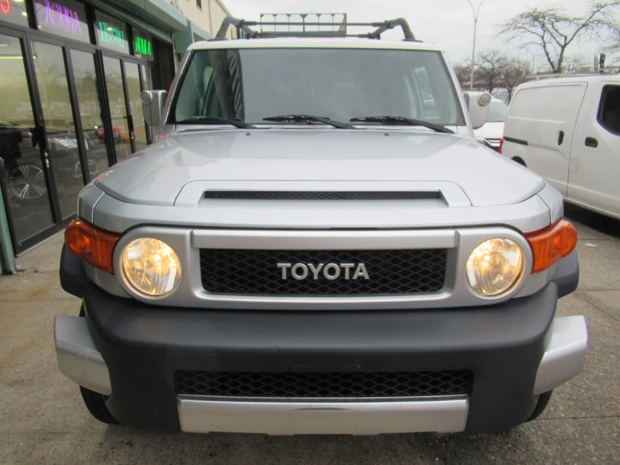 Used 2007 Toyota FJ Cruiser in Woodside, New York | Pepmore Auto Sales Inc.. Woodside, New York