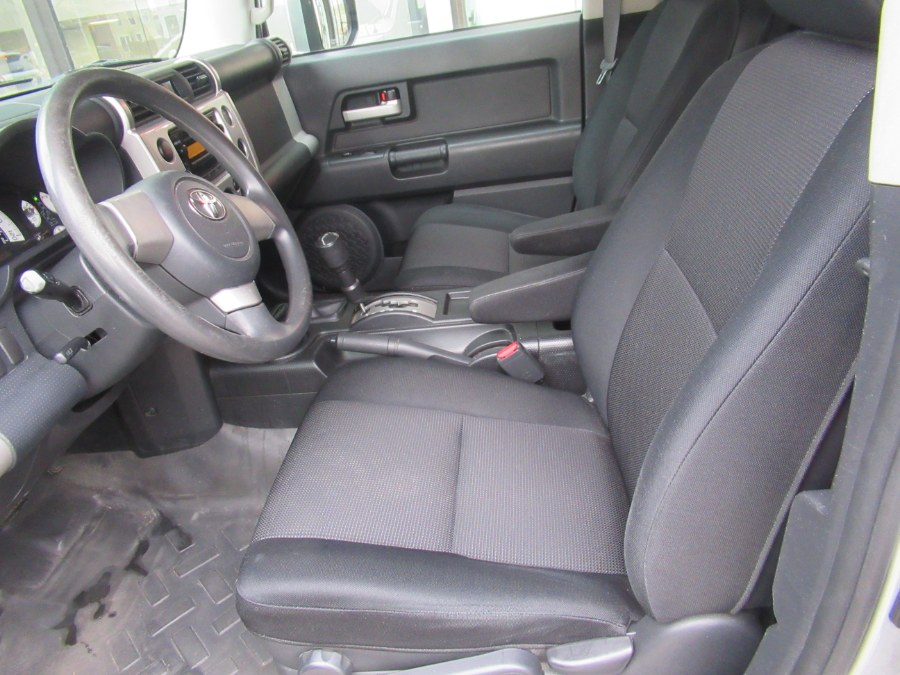 2007 Toyota FJ Cruiser 4WD 4dr Auto (Natl), available for sale in Woodside, New York   Pepmore Auto Sales Inc.. Woodside, New York