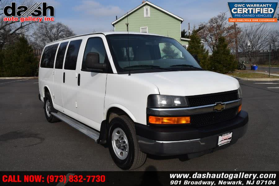 Used 2011 Chevrolet Express Passenger in Newark, New Jersey | Dash Auto Gallery Inc.. Newark, New Jersey