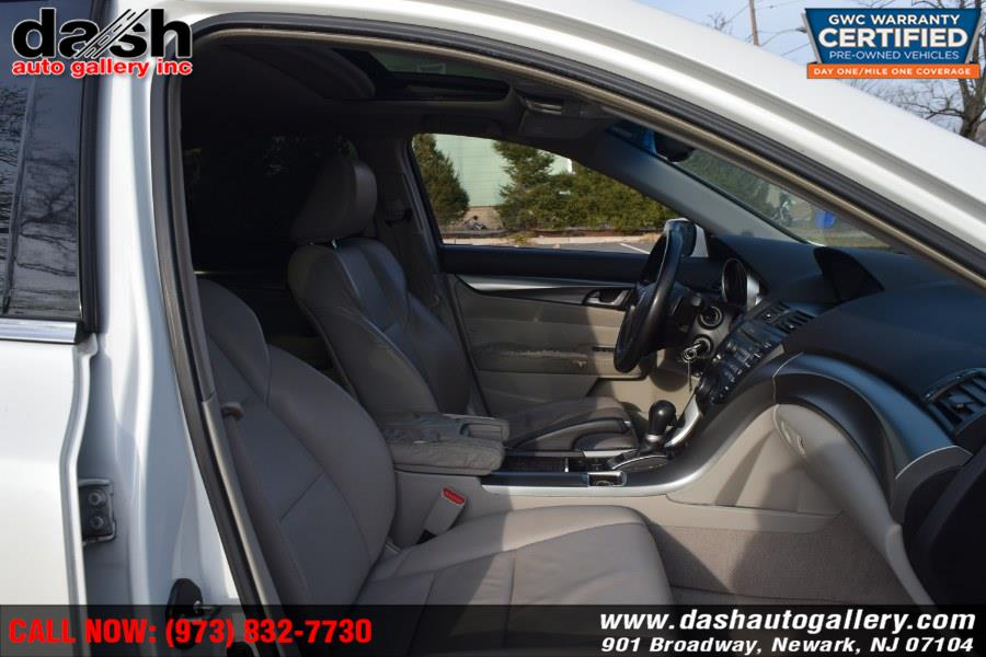 2009 Acura TL 4dr Sdn 2WD, available for sale in Newark, New Jersey   Dash Auto Gallery Inc.. Newark, New Jersey