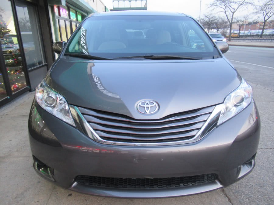 2017 Toyota Sienna LE AWD 7-Passenger (Natl), available for sale in Woodside, New York | Pepmore Auto Sales Inc.. Woodside, New York