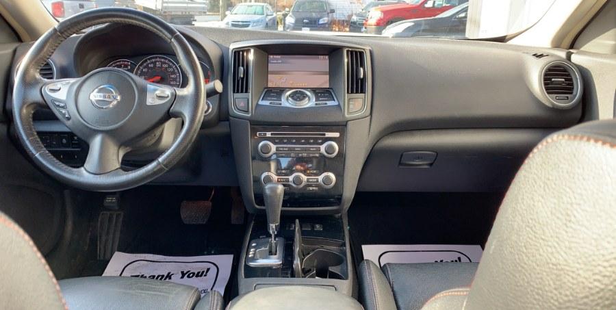 Used Nissan Maxima V6 3.5 SV w/Premium Pkg 2011 | West End Automotive Center. Waterbury, Connecticut