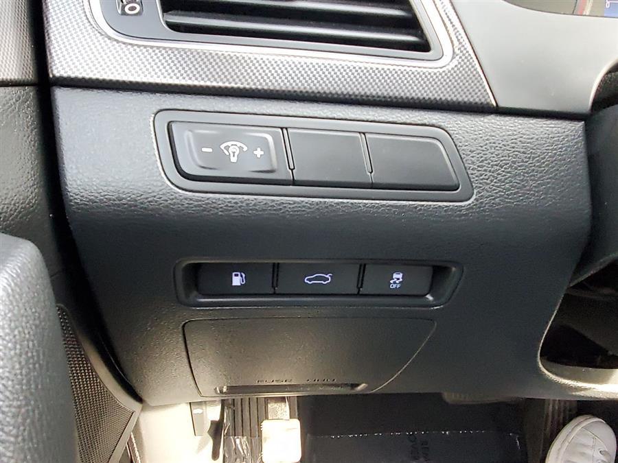 Used Hyundai Sonata Sport 2.4L 2017   Sunrise Auto Outlet. Amityville, New York