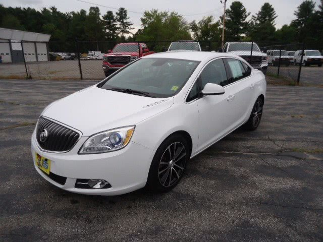 Used Buick Verano 4dr Sdn Sport Touring 2017 | Chapdelaine Truck Center Inc.. Lunenburg, Massachusetts