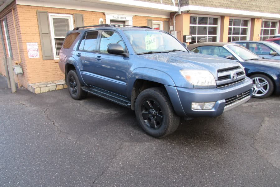Used 2004 Toyota 4Runner in Shelton, Connecticut | Center Motorsports LLC. Shelton, Connecticut