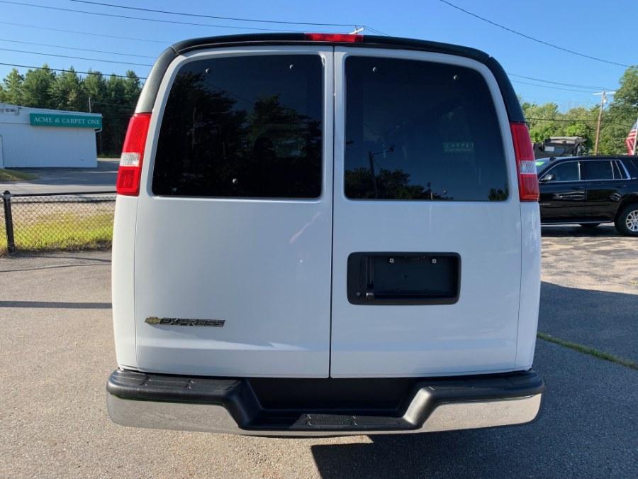 2018 Chevrolet Express Passenger RWD 2500 135