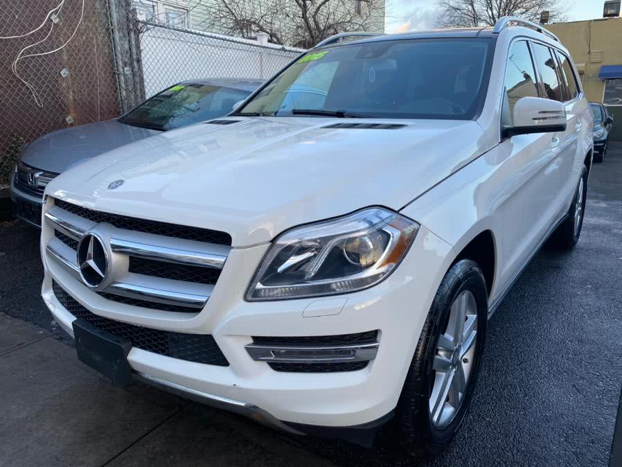 Used 2015 Mercedes-Benz GL-Class in Jamaica, New York | Sunrise Autoland. Jamaica, New York